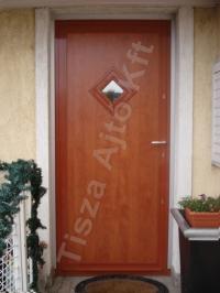 14-es ajtó cseresznye színben