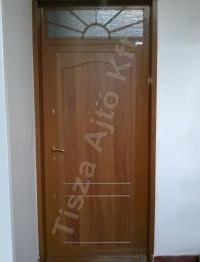 18-as felülvilágítós ajtó, dió színben