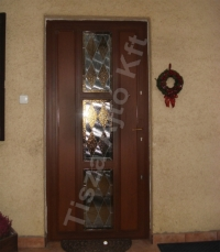 24-es biztonsági üveges ajtó