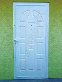 29-es ajtó fehér színben