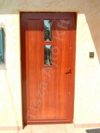 31-es ajtó üveggel