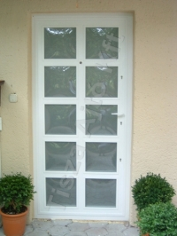 33-as ajtó üveggel, fehér színben