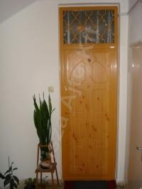 34-es ajtó felülvilágítós kivitel