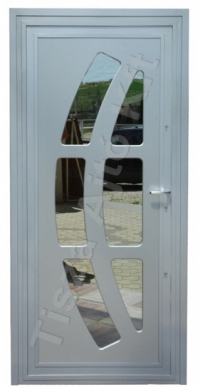 41-es ajtó fehér színben