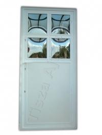68-as ajtó fehér festett