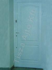 69-es ajtó fehér festett