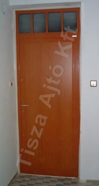70-es ajtó festett