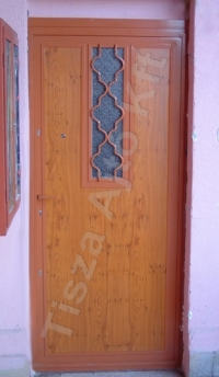 76-os ajtó cpl felülettel