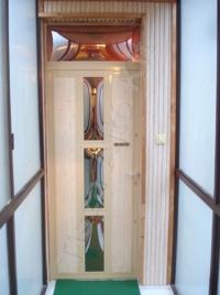 84-es ajtó fehér festett