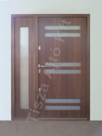 105-ös ajtó cpl felület